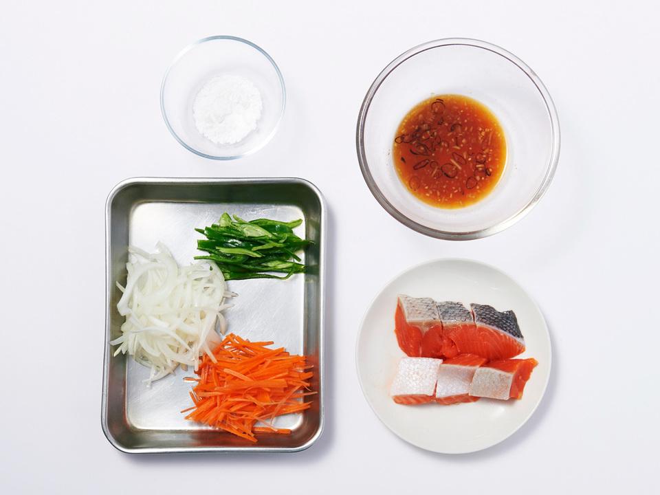 鮭の南蛮漬け定食の食材