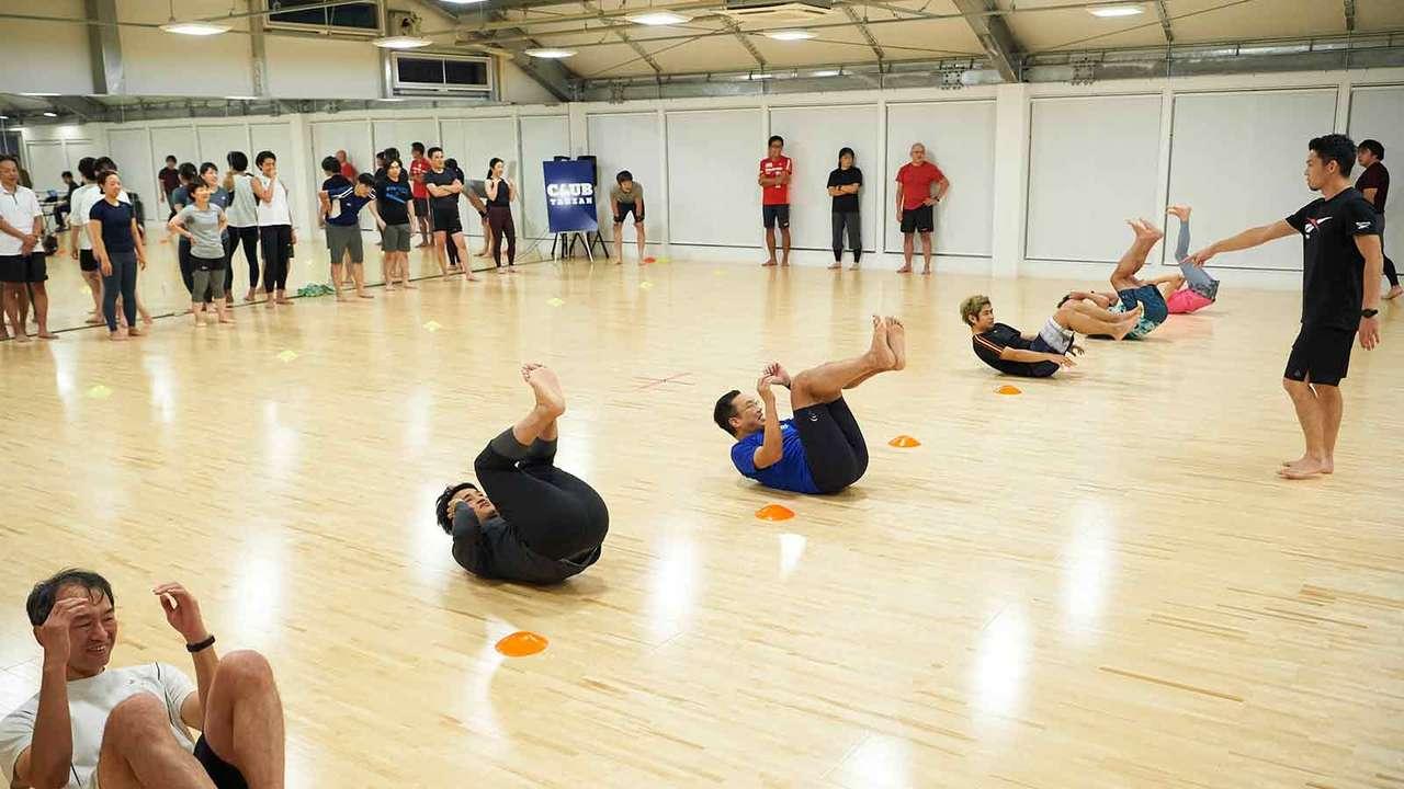 「寝たり起きたり走ったり……をひたすらやるだけです」(菅原さん)。と仰いますが、さすがはラガーマントレーニング。超高負荷!