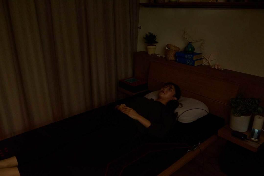 睡眠中は室内は完全消灯
